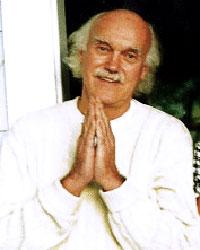 Baba Ram Dass et le Jeu du Tao dans RESSOURCES et Savoirs en TAO ram_dass7_med